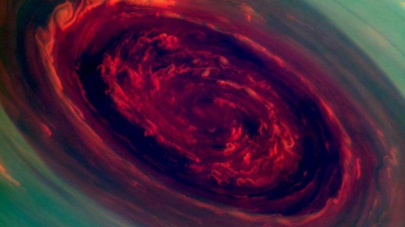 Ouragan polaire sur Saturne Phoa5010