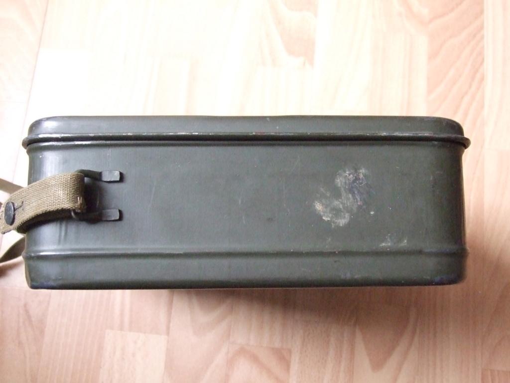 Estimation boite Gaschutzhaube Wehrmacht.  Dscf0419