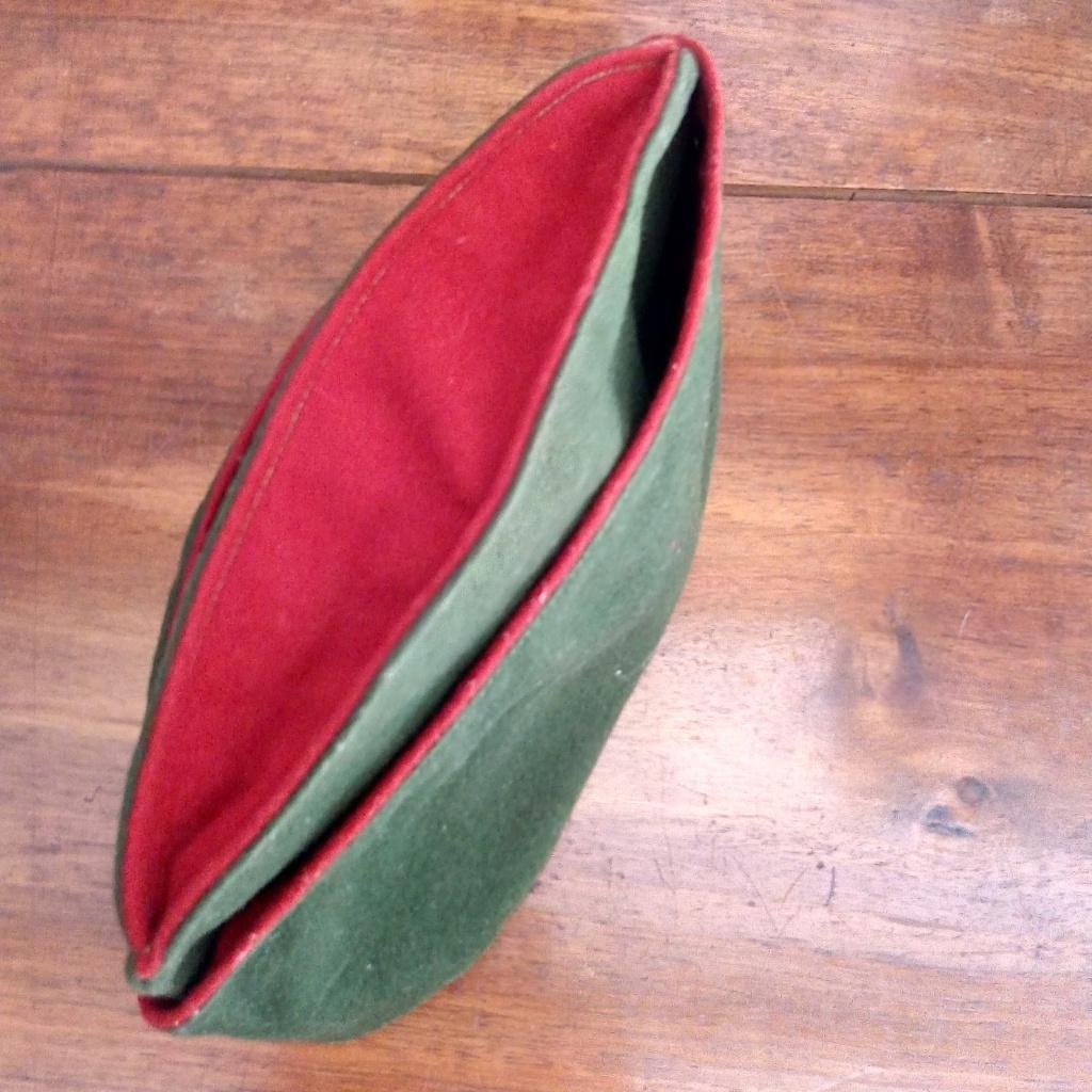 Bonnet de police modèle 1946 Légion et estimation ?  Img_1035