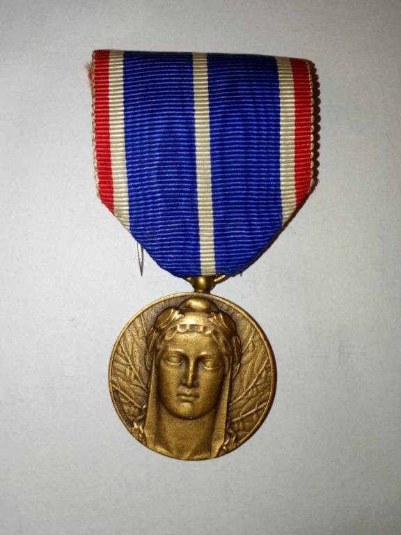 Médaille Ruhr, Silésie, Tirol, estimation. Img_2079