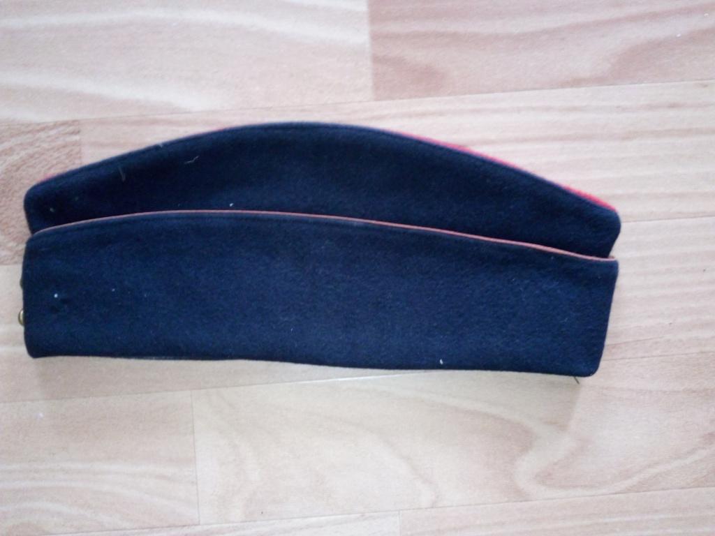 Bonnets de police années 30 et M44 ou M57 ? Img_2256
