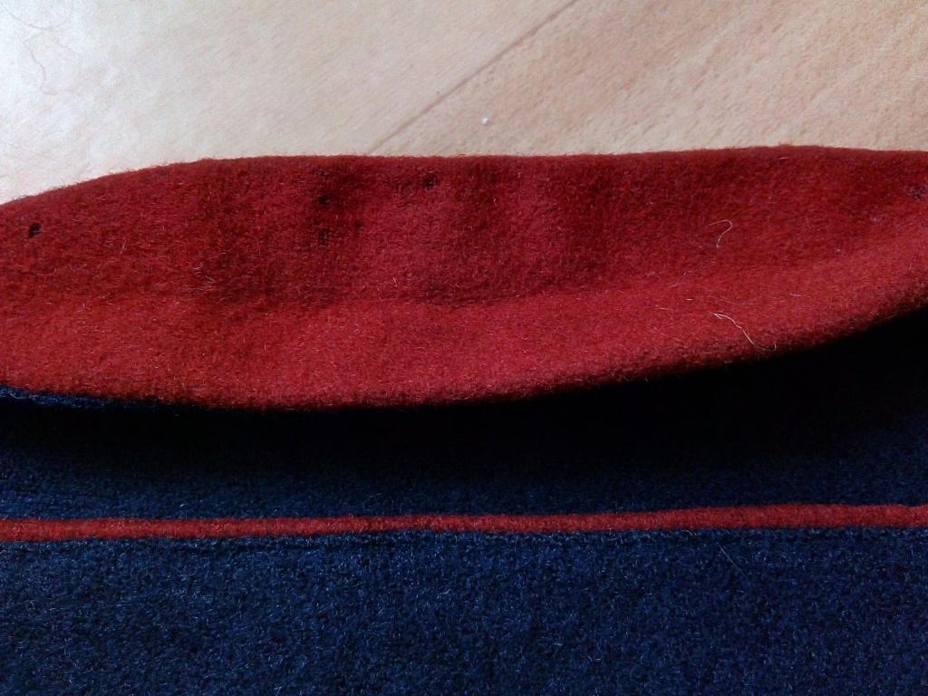 Bonnet de police modèle 1946 ? Img_2309