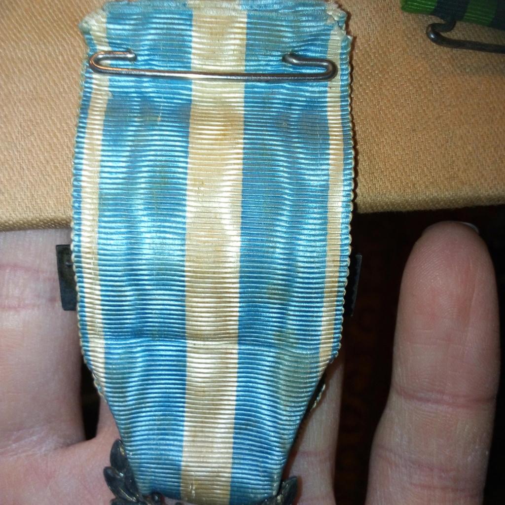 Médaille coloniale à dater. Img_2840