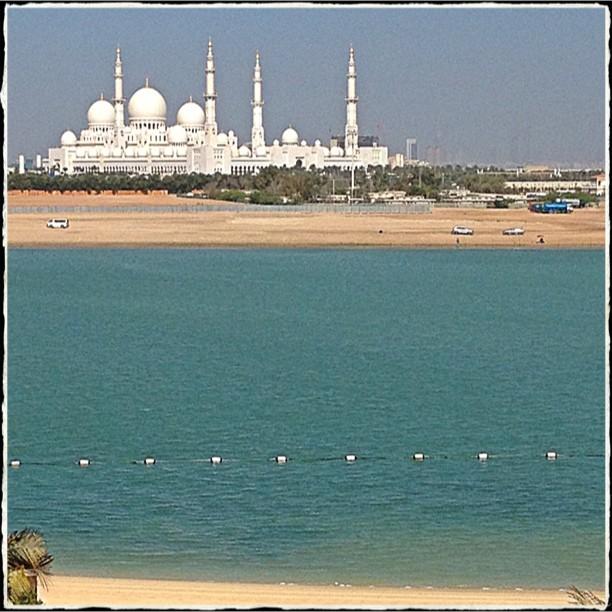 GNR Live in Abu Dhabi 1057c110