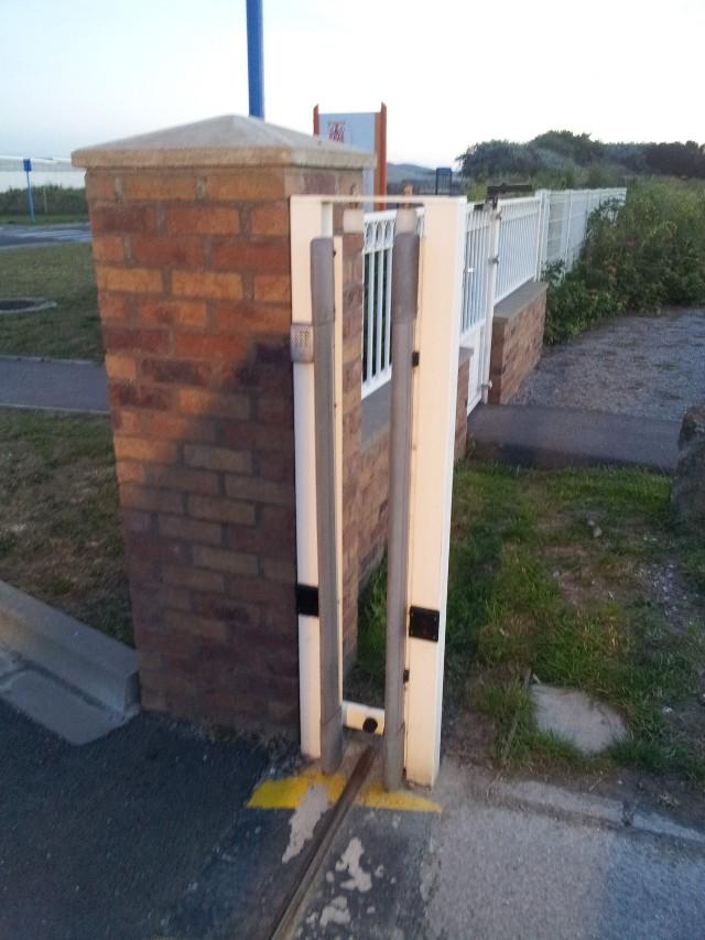 Avant mon portail coulissant.. le rail ! 20120813
