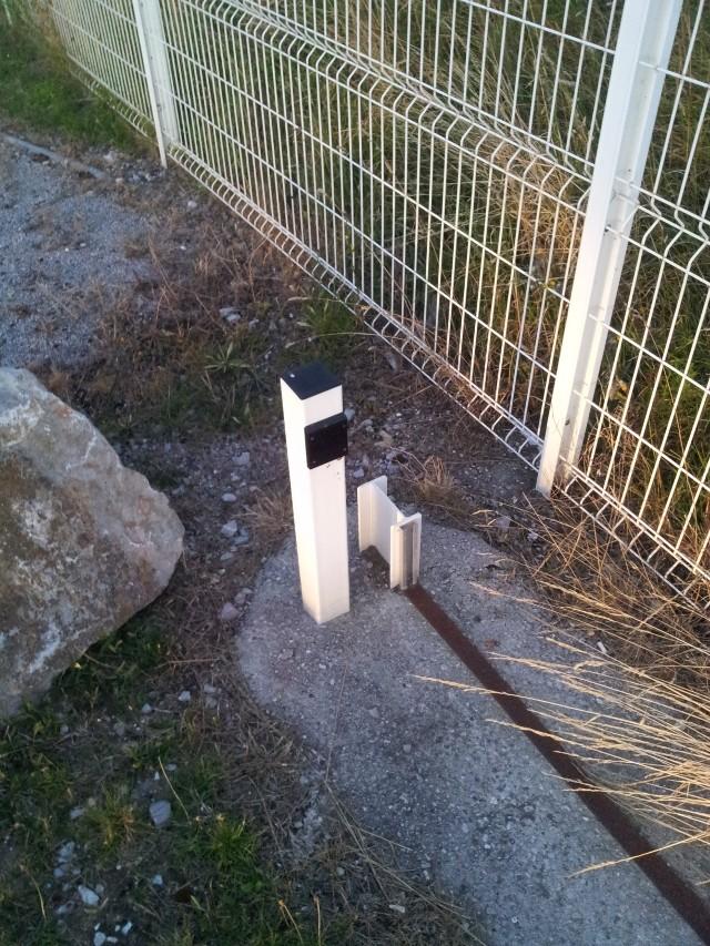Avant mon portail coulissant.. le rail ! 20120816