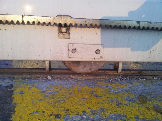 Avant mon portail coulissant.. le rail ! 20120826
