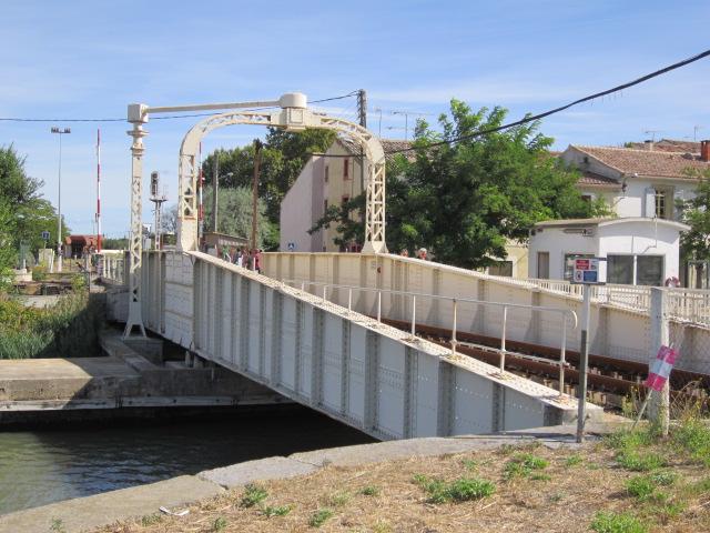 un pont-rails tournant Mes_im26