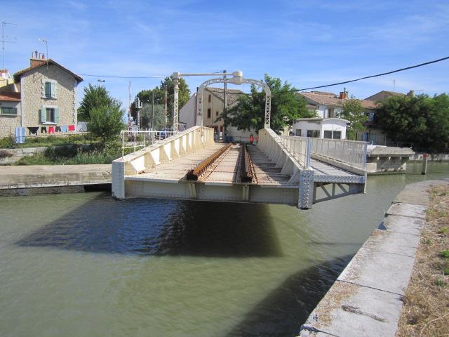 un pont-rails tournant Mes_im27