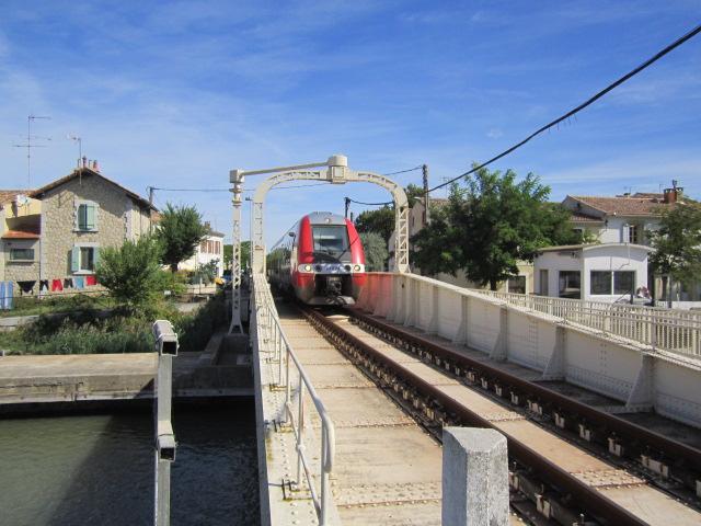 un pont-rails tournant Mes_im30