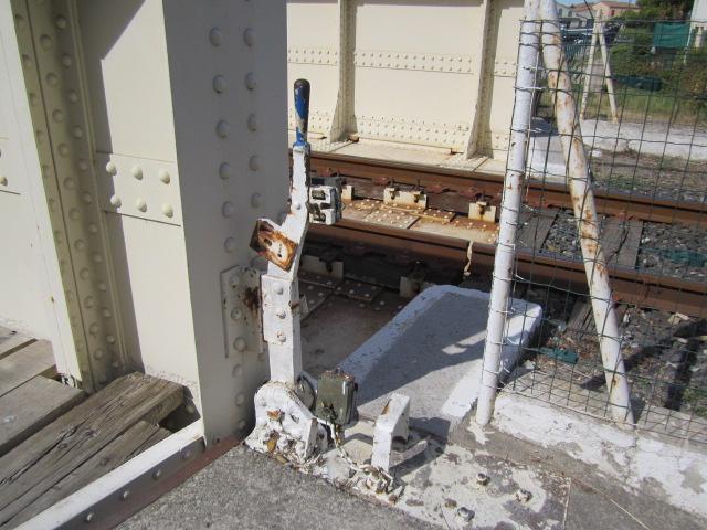 un pont-rails tournant Mes_im34