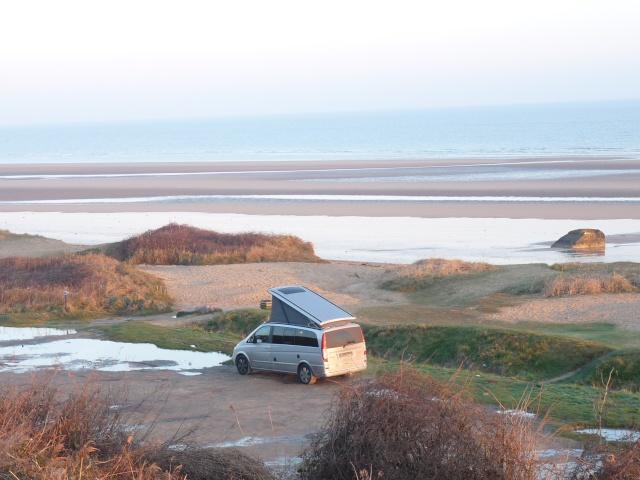 ...seul sur le sable, les pneus dans l'eau, Marco était trop beau... P1120513