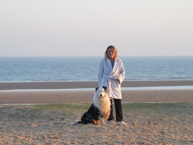 ...seul sur le sable, les pneus dans l'eau, Marco était trop beau... P1120515