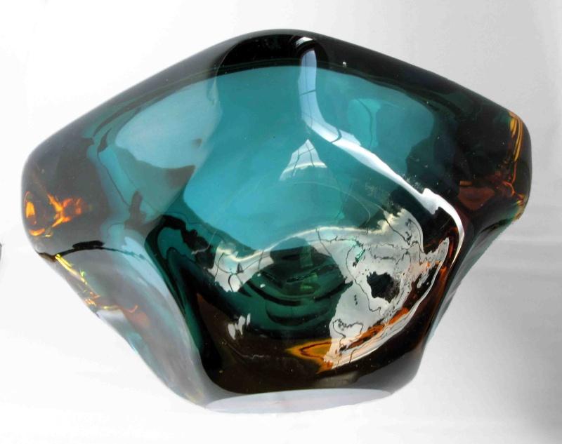 Murano bowl? M610