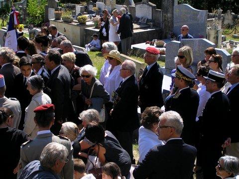 Hélie Denoix de Saint Marc est décédé - Page 2 P8311714