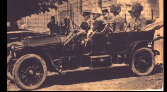 voitures de maréchaux, de generaux, de chefs d'état, de celebrités..... - Page 2 13810