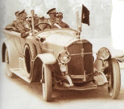 voitures de maréchaux, de generaux, de chefs d'état, de celebrités..... - Page 2 Alphon10