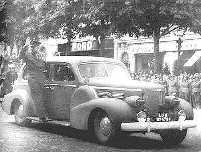 automobile en uniforme - Page 5 Eisenh10