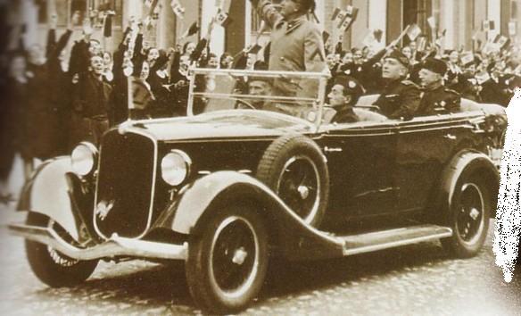 voitures de maréchaux, de generaux, de chefs d'état, de celebrités..... - Page 2 Mussol10