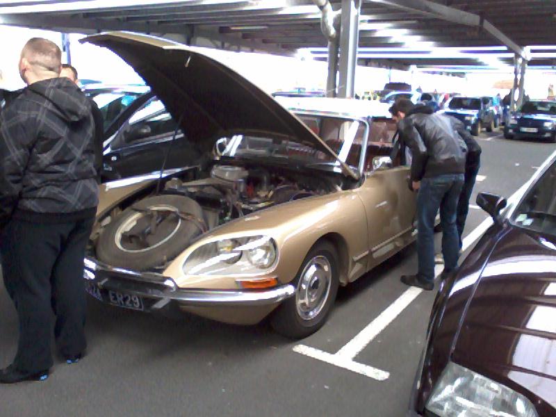 Rencard tous les 1ers dimanche du mois parking leclerc Plougastel toutes marques Photo042