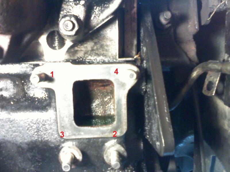 Changement pompe à eau sur un s2 2.5 TD  Pic09_10