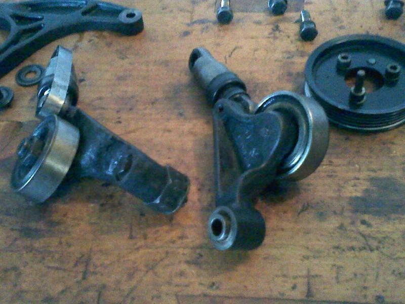 Changement pompe à eau sur un s2 2.5 TD  Pic11_10
