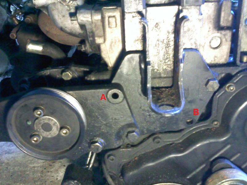 Changement pompe à eau sur un s2 2.5 TD  Pic13_10