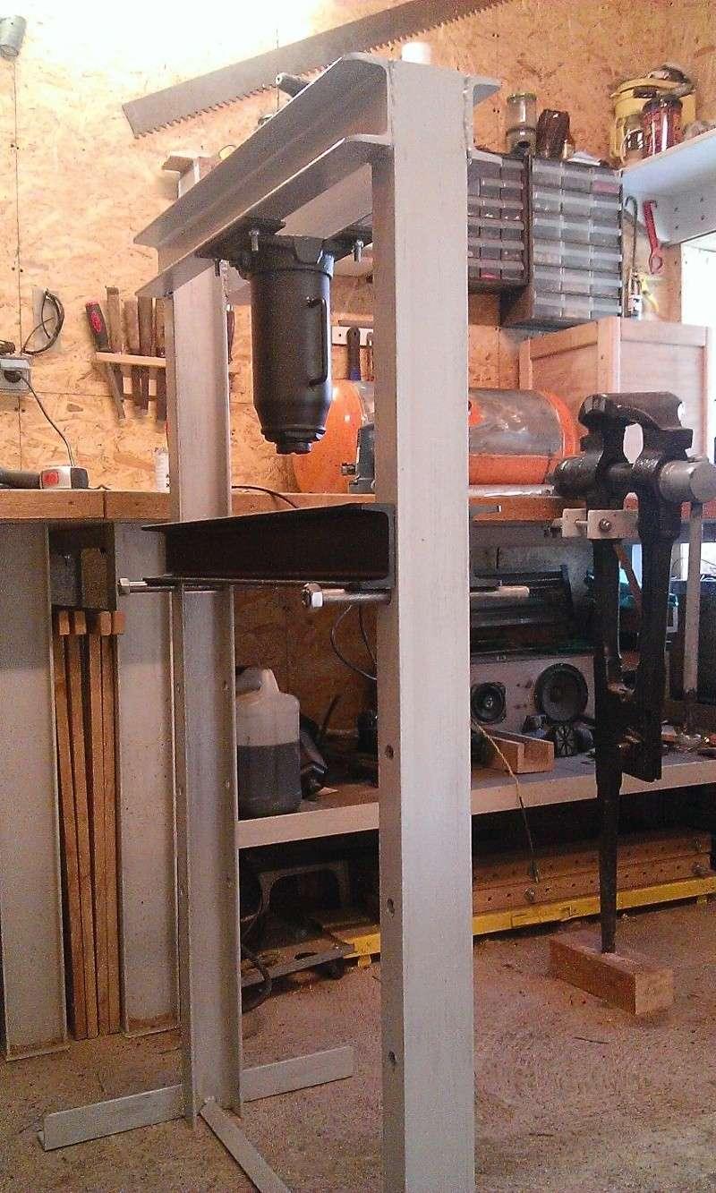 conception et construction presse hydraulique 20T Wp_20123