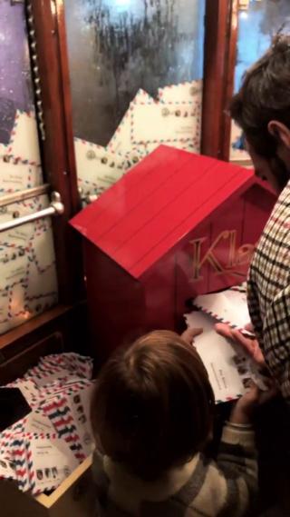Il vero segreto di Natale - KLAUS-Netflix - Pagina 2 Vlcsna37