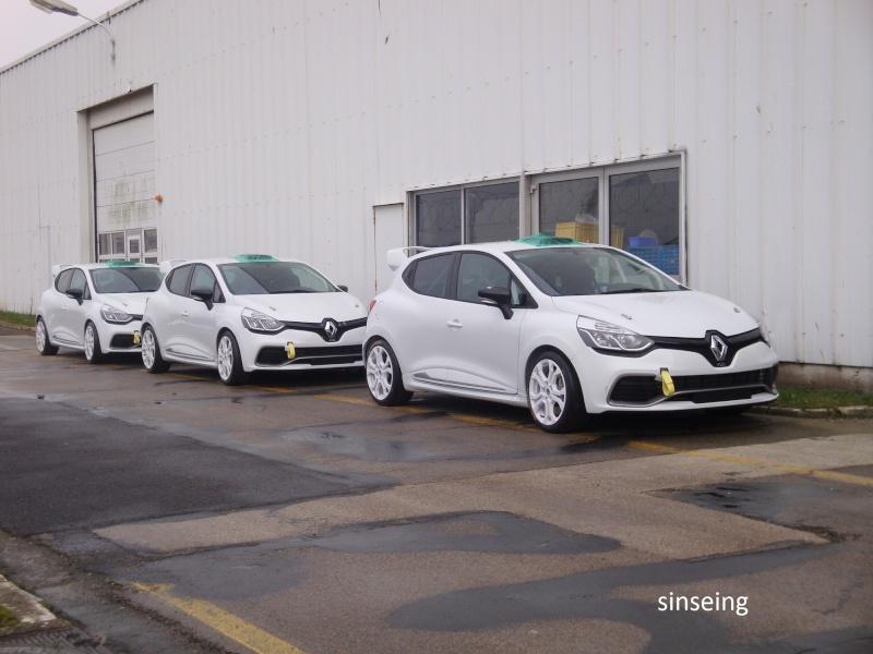 [Officiel] Photos et infos de la Clio IV RS - Page 2 Dsc01513