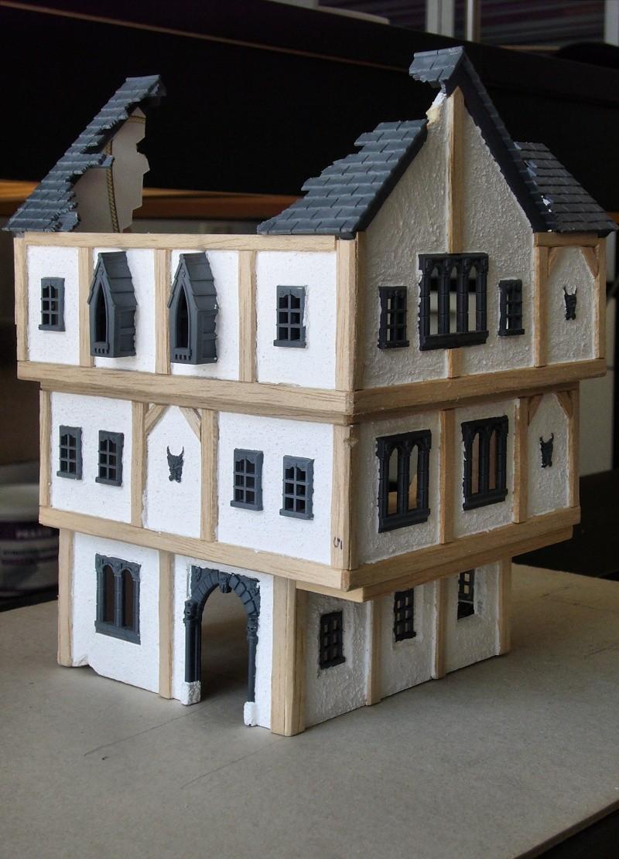 Building Mordheim, Lion Style P1050518