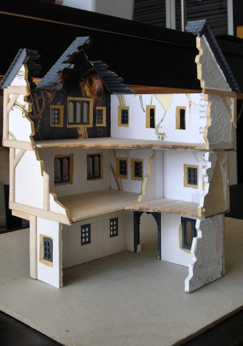 Building Mordheim, Lion Style P1050520