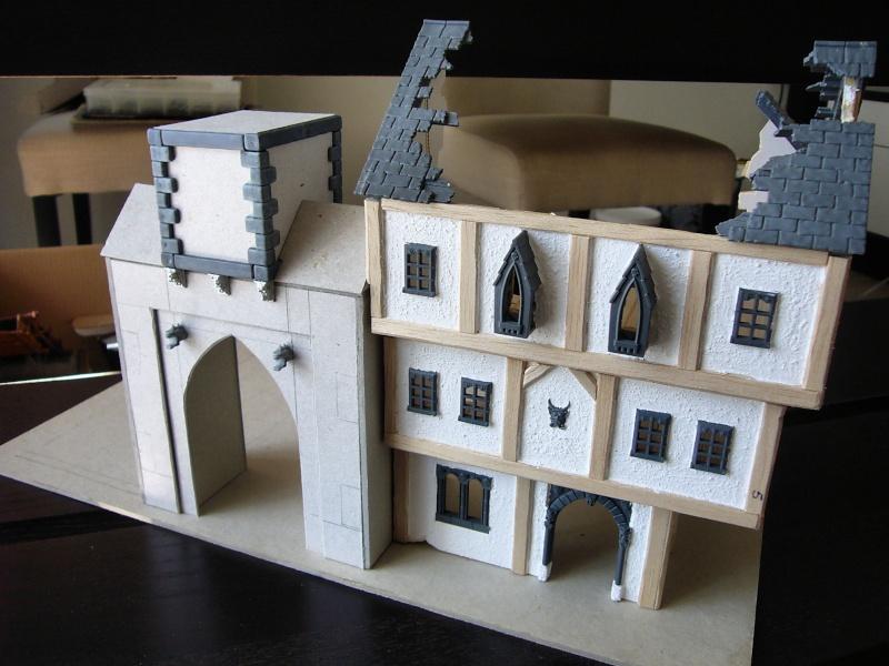 Building Mordheim, Lion Style P1050523
