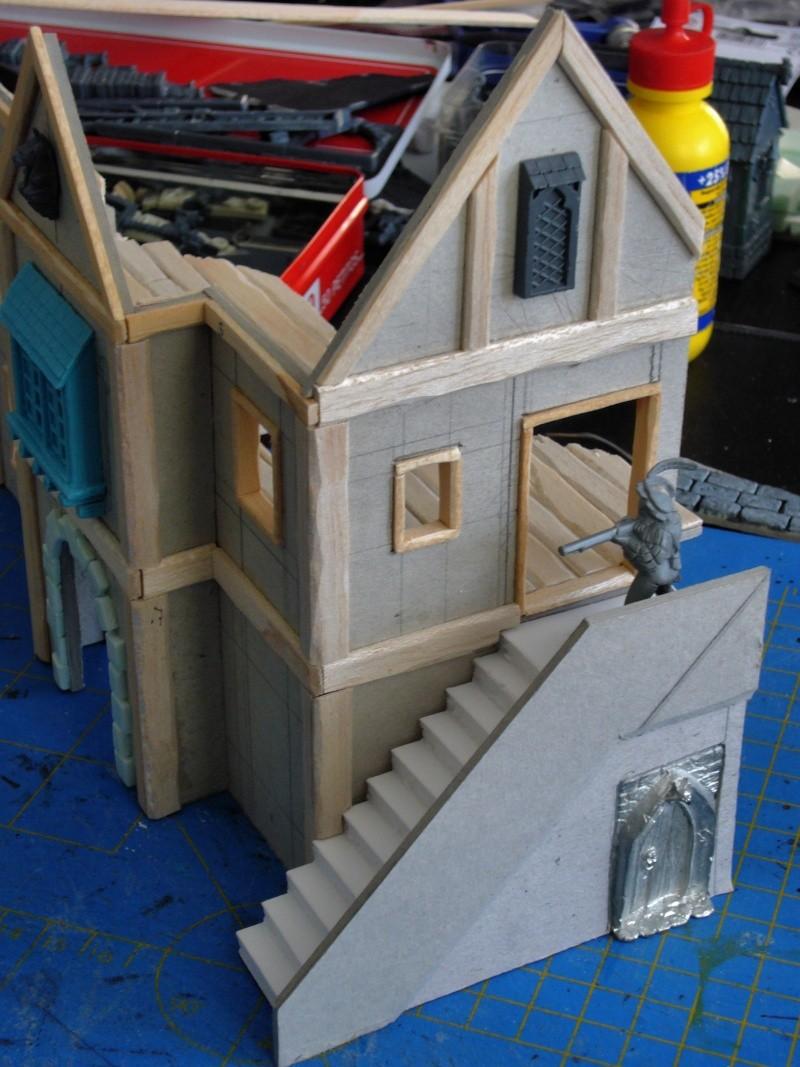 Building Mordheim, Lion Style P1050528