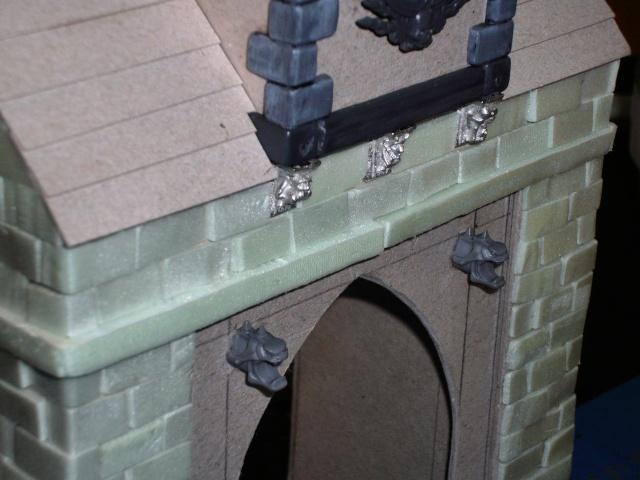 Building Mordheim, Lion Style P1050534