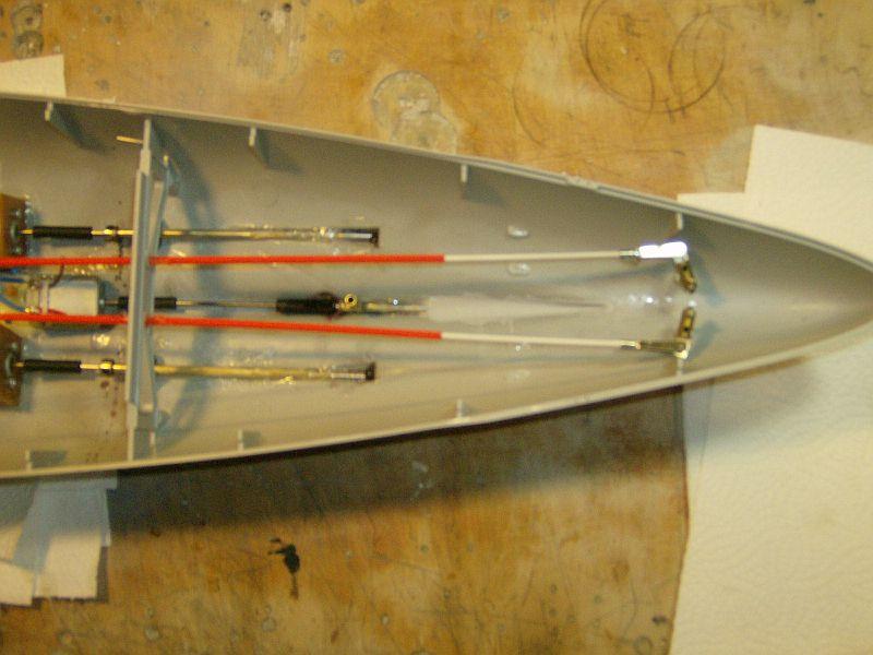 1:200 Bismarck von Trumpeter Hpim0613