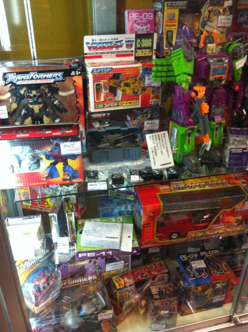 Visite au Japon: Transformers et autres robots - Mandarake, Tokyo Toy Show, Boutiques - etc - Page 2 Img_1020