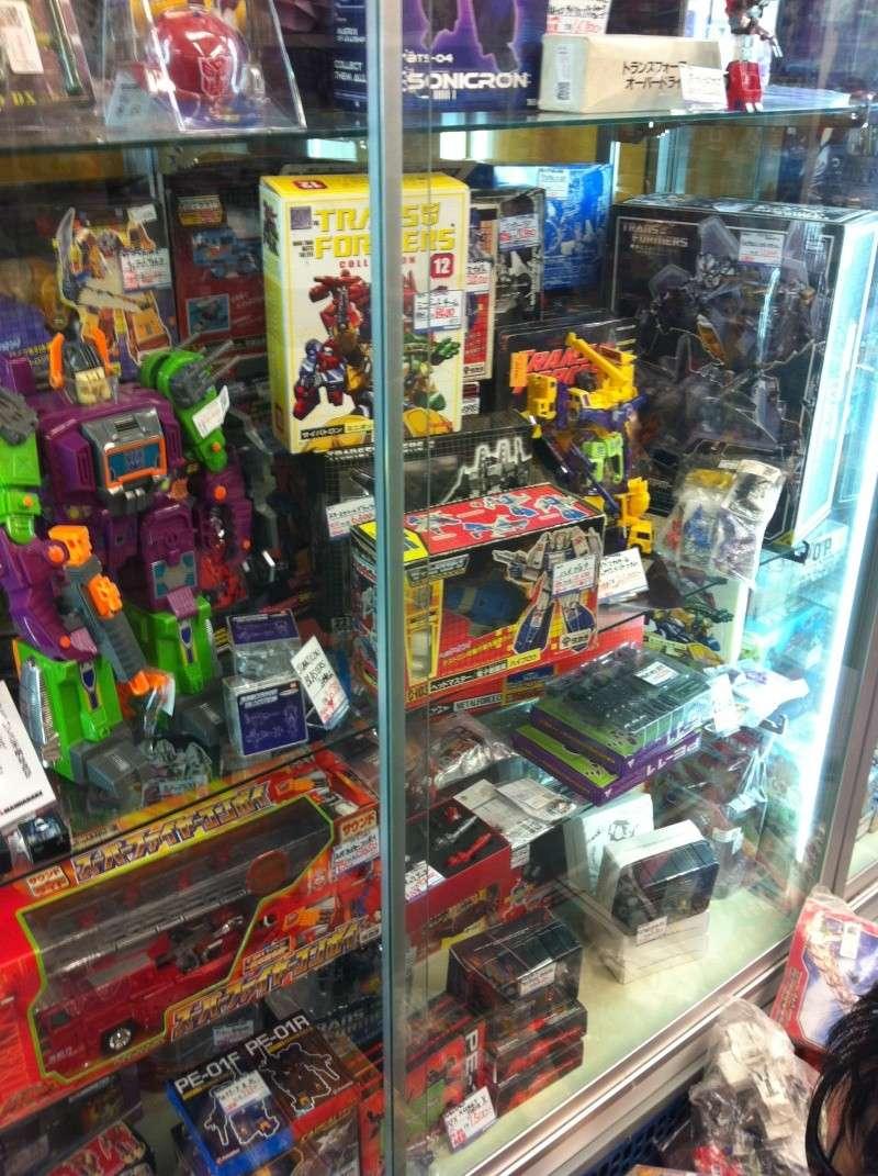 Visite au Japon: Transformers et autres robots - Mandarake, Tokyo Toy Show, Boutiques - etc - Page 2 Img_1021
