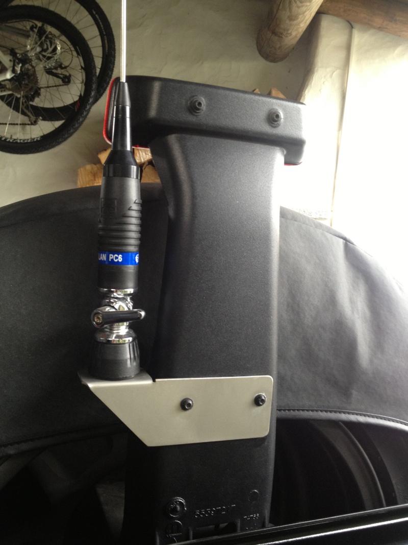 Supporto antenna CB Img_1312