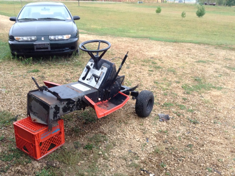 11HP Gilson To A Offroad/Mudding Mower Img_1542