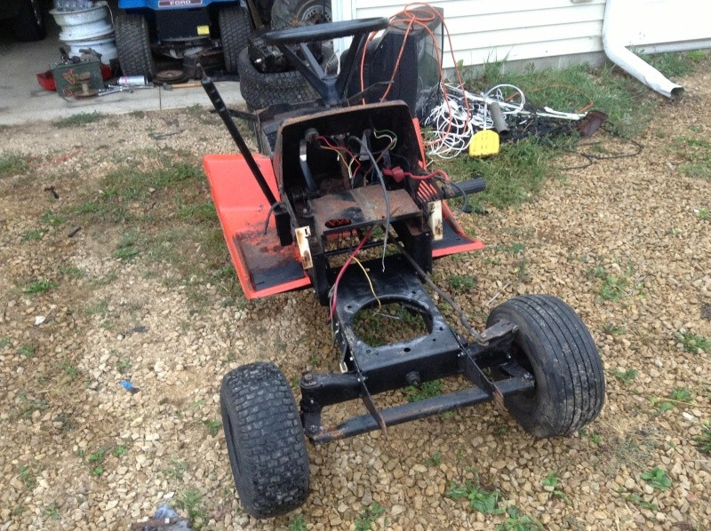 11HP Gilson To A Offroad/Mudding Mower Img_1543