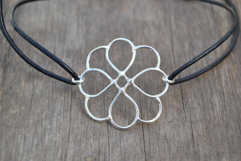 Bracelet fleur Bracel12