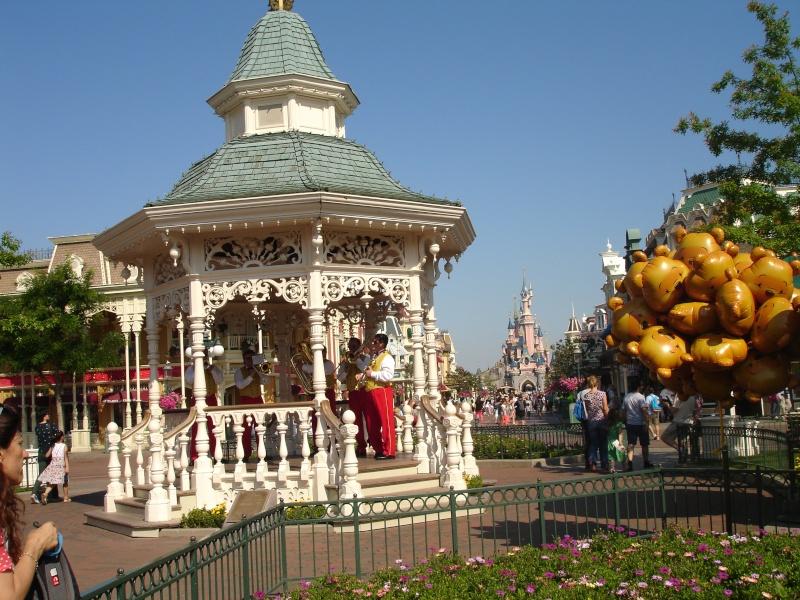 Disneyland du 8 au 10 juillet et Paris du 14 au 15 août 2013, avec les enfants Dsc04410