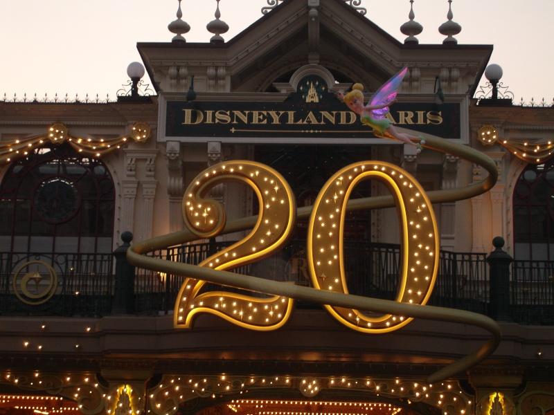 Disneyland du 8 au 10 juillet et Paris du 14 au 15 août 2013, avec les enfants - Page 3 Dsc04613