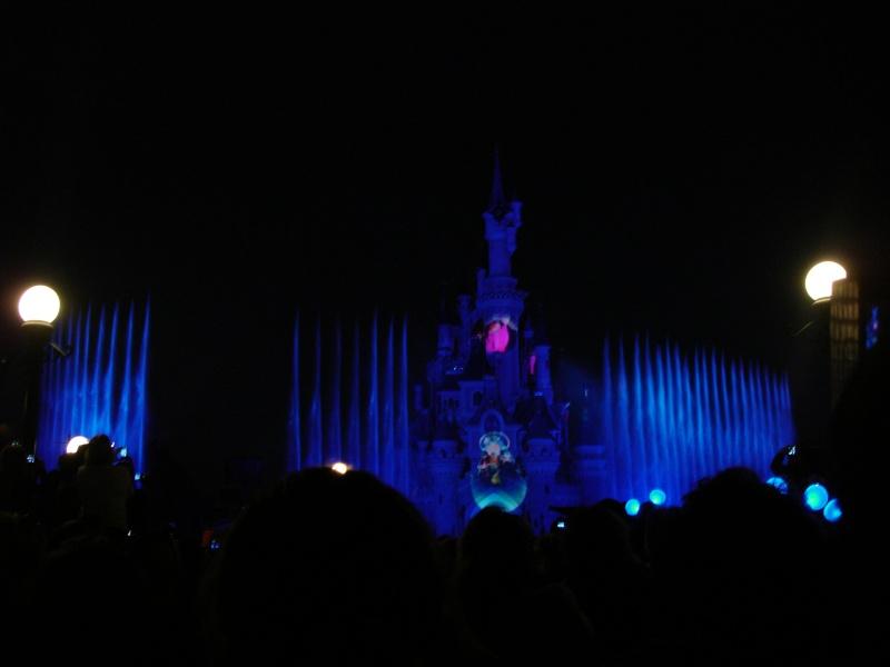 Disneyland du 8 au 10 juillet et Paris du 14 au 15 août 2013, avec les enfants - Page 3 Dsc04615