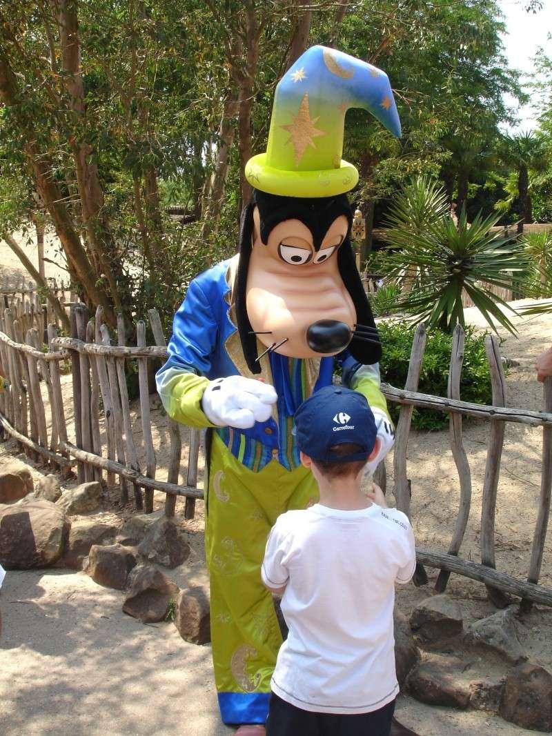 Disneyland du 8 au 10 juillet et Paris du 14 au 15 août 2013, avec les enfants - Page 3 Dsc04633