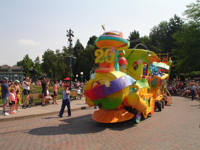 Disneyland du 8 au 10 juillet et Paris du 14 au 15 août 2013, avec les enfants - Page 4 Dsc04637