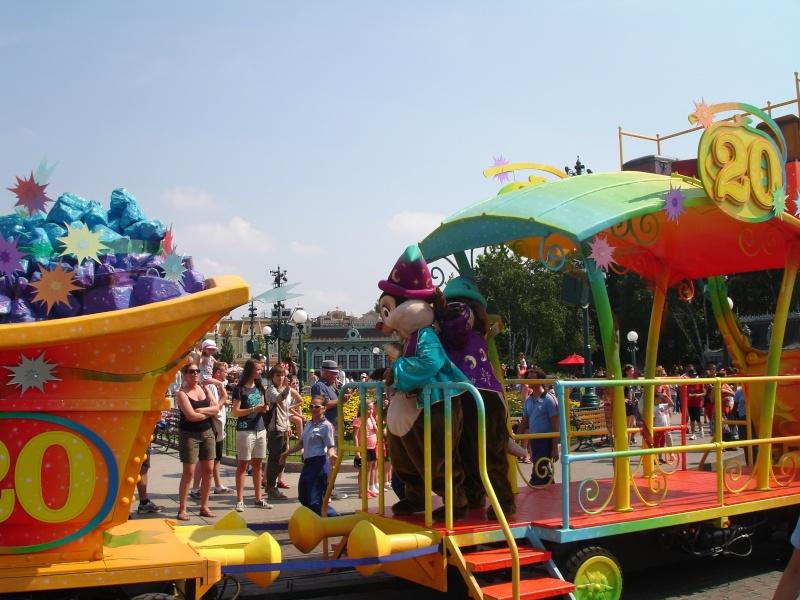 Disneyland du 8 au 10 juillet et Paris du 14 au 15 août 2013, avec les enfants - Page 4 Dsc04638