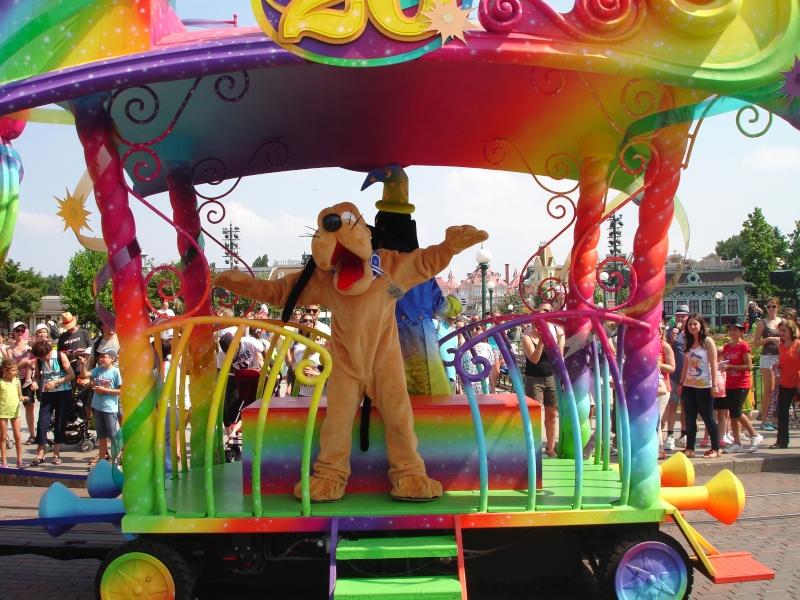 Disneyland du 8 au 10 juillet et Paris du 14 au 15 août 2013, avec les enfants - Page 4 Dsc04640