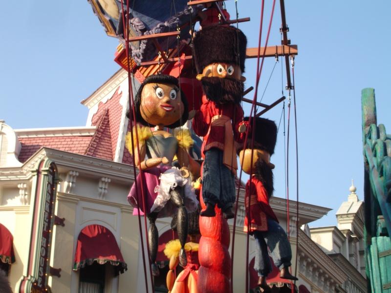 Disneyland du 8 au 10 juillet et Paris du 14 au 15 août 2013, avec les enfants - Page 4 Dsc04646